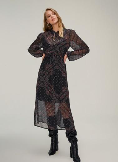NGSTYLE Şal Desenli Elbise Siyah